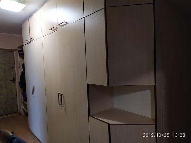 Шкаф прихожая отличная