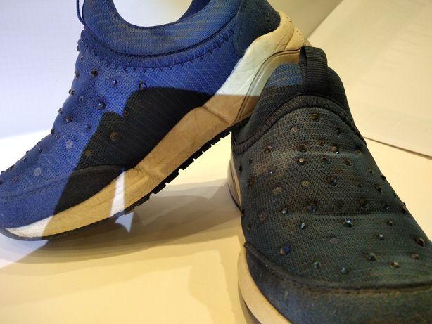 Взуття для дівчат 30 розмір