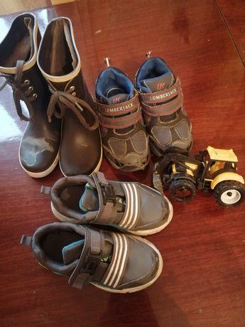 Обувь для села, двора. Резиновые сапоги, кроссовки.