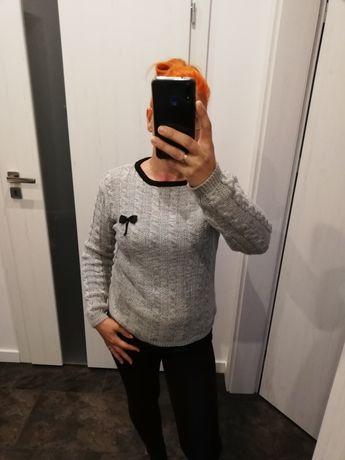 Sweterek warkocz