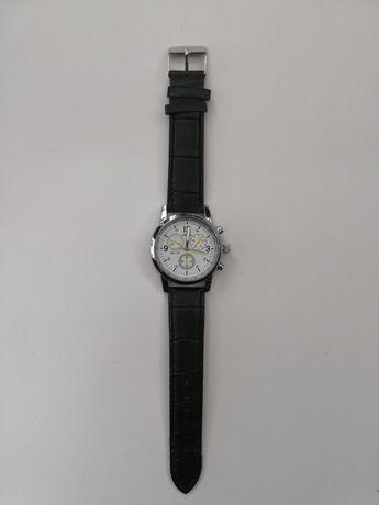 Męski zegarek Nowy