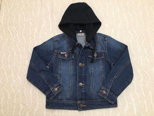 Куртка джинсовая на мальчика+капюшон, рост 110,116,128,140,152