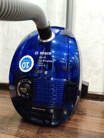 Пылесос для сухой уборки BOSCH BSGL 32383