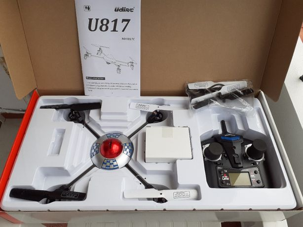 Quadcopter (drone) U817C