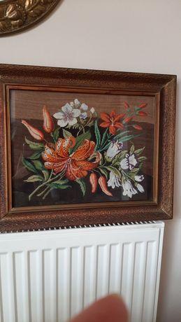 Haft ręczny-letnie kwiaty ,lata 50-te