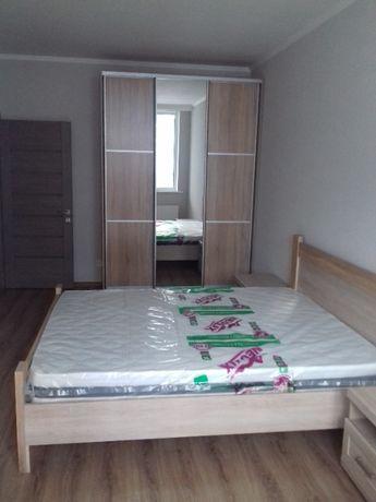 Сдам 2-х кломнатную квартиру по ул. Драгоманова 2-б 15000 грн.