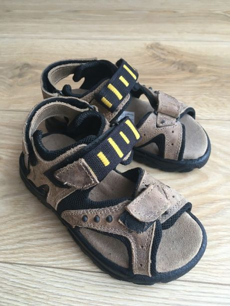 Sandały skórzane r28