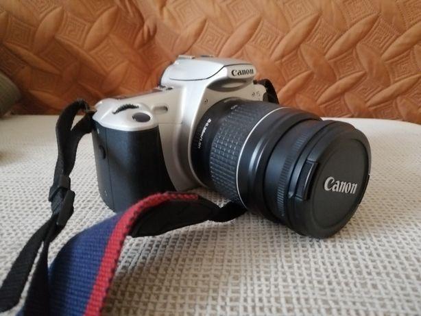 Máquina fotográfica rolo