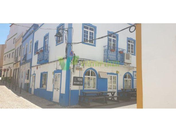 Restaurante na Zona Ribeirinha de Portimão.