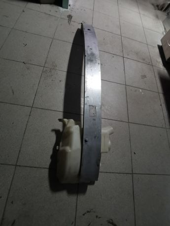 Усилитель бампера бачек омывателя Mercedes Ml 164