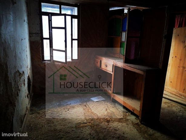 Moradia em Granito para Reconstruir, INGUIAS > BELMONTE