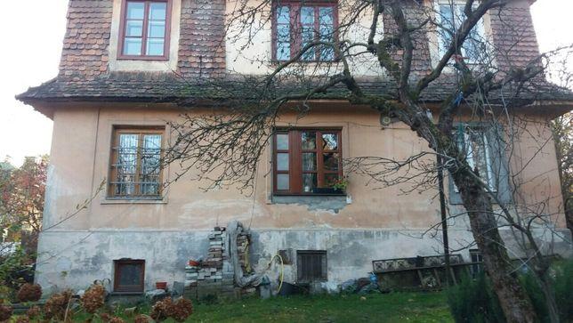 Продаж будинку (під реконструкцію або добудову) в парковій зоні міста