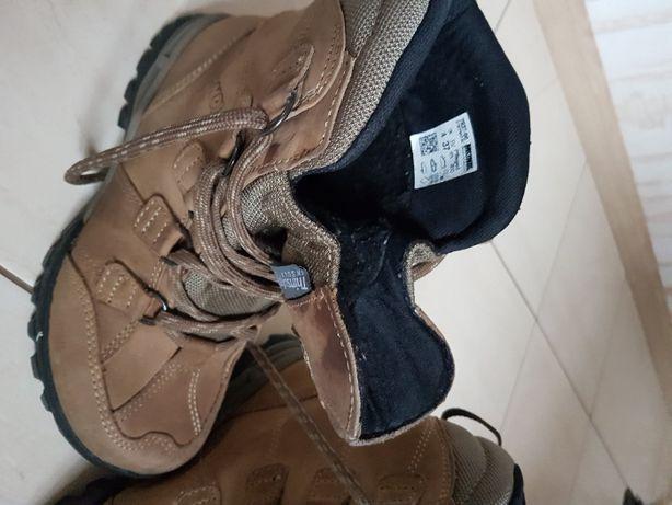 Buty trekingowe ze skóry firmy Meindl