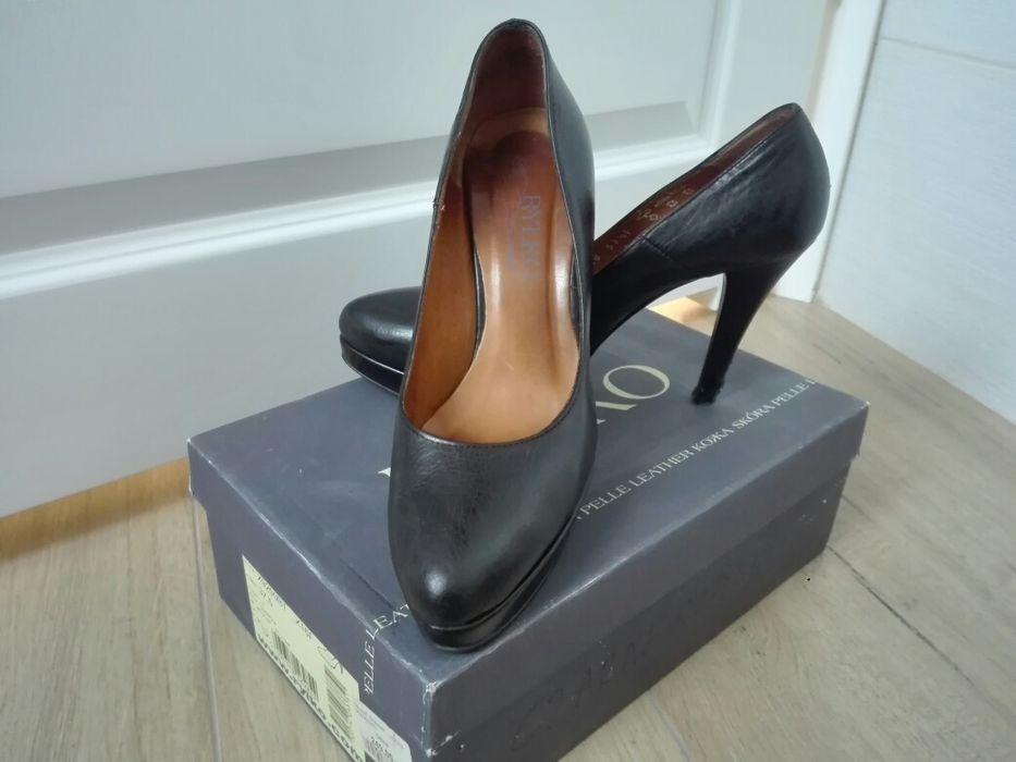 Czółenka, szpilki, buty skórzane Ryłko rozmiar 37,5 Krępiec - image 1