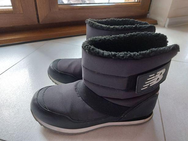 Śniegowce buty kozaki New Balance r 38,5 wkl.24,5cm czarne
