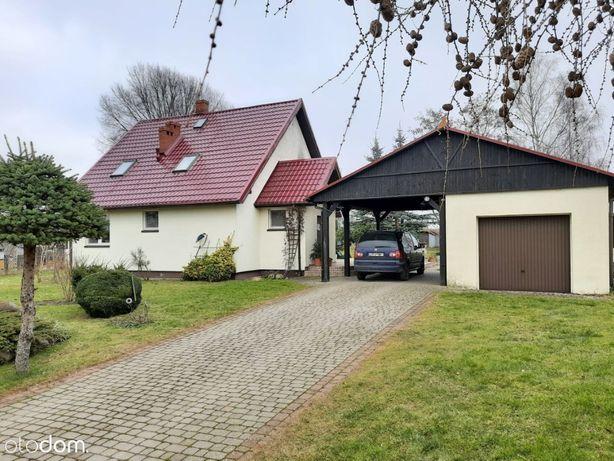 Dom z ogrodem i dużą działką w spokojnej wsi