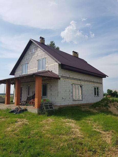 Продам будинок і земельну ділянку по вулиці Яблуневій с. Люхча