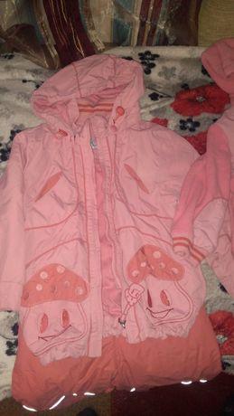 Продам весенний костюм Кико на девочку 3года на рост 98см