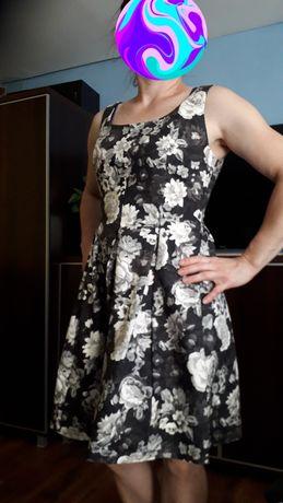 Stylowa sukienka GAP