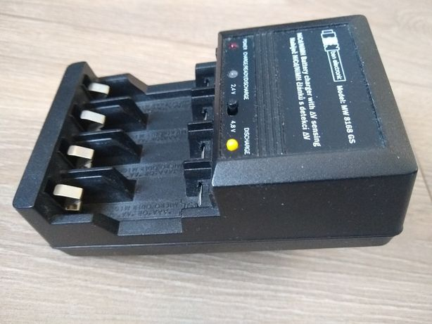 Ładowarka akumulatorów AA AAA MW8168 GS, NiCd/NiMH