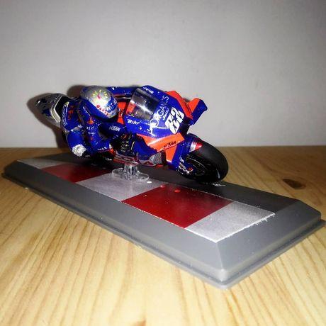 Miniatura Miguel Oliveira e mota 1:18