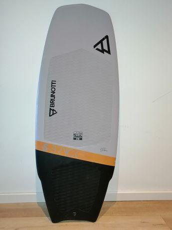 Brunotti S-bryck 4,10 kitesurf board