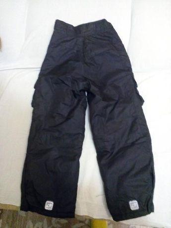 Продам детские зимние штаны 128