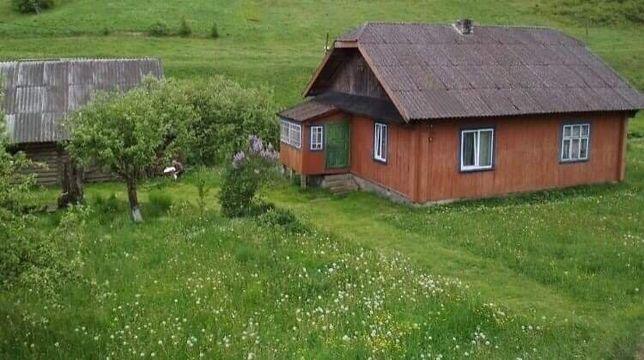 Продається будинок у горах