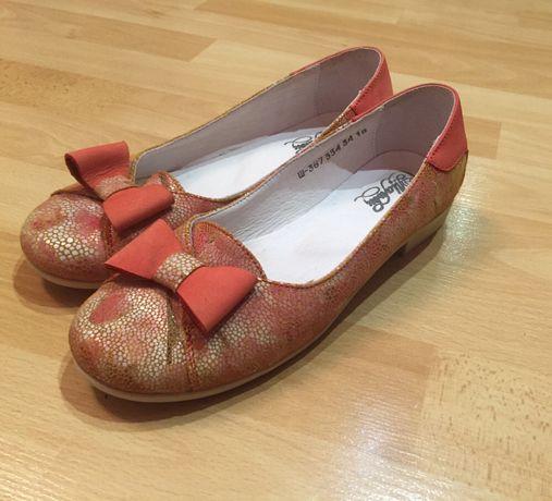 Шкіряні туфлі, кожаные туфли, балетки 34-35 раз