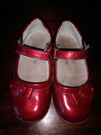 Туфли туфельки сандали для девочки
