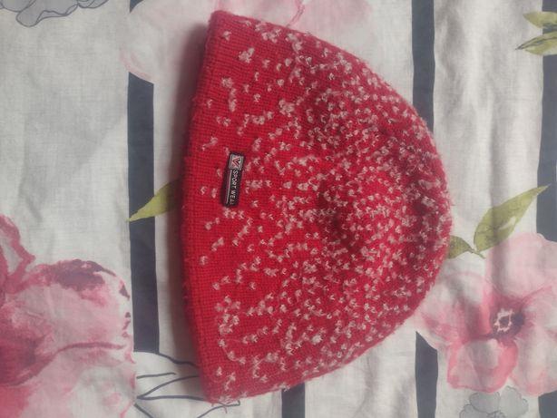 Zimowa ciepła czapka