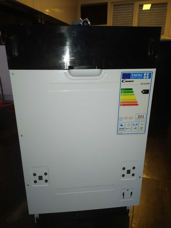 Máquina de lavar loiça sem uso