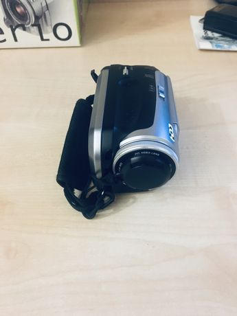 видеокамера JVC GZ-MG20E 20Гб