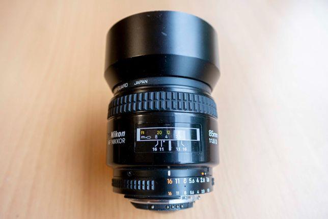 Obiektyw Nikon Nikkor 85 mm f/1.8D