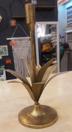 OBI Świecznik liście 17x50 cm złoty duży obniżka z 89,99 zł na 44,99.