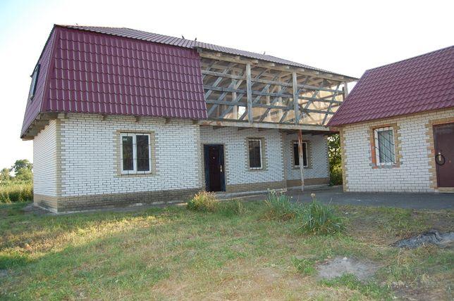 Продам дом с участком с.Гоголев Киевская область