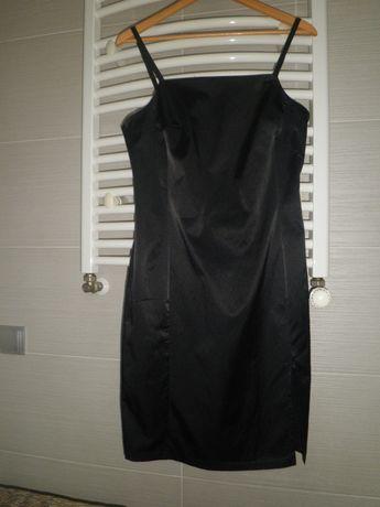 sukienka -mała czarna More & More
