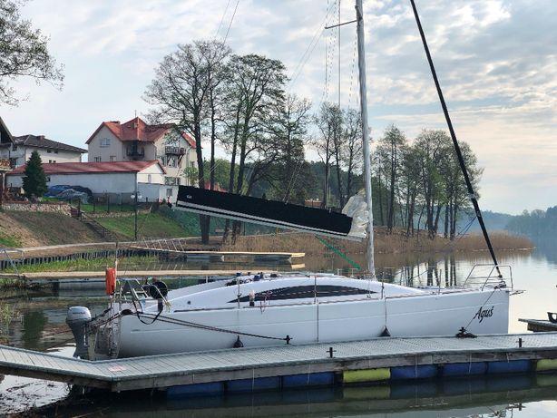 Czarter jachtu SEDNA30 8-10os.webasto Mazury od 299zl/doba