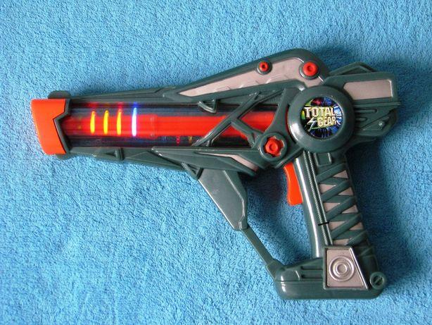 Pistolet świetlny TOTAL GEAR na baterie duży pistolet