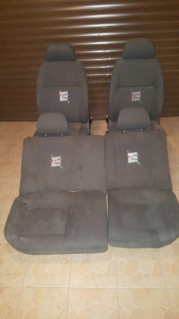 Volkswagen Polo 6n2 fotele, klimatyzacja benzyna komplet