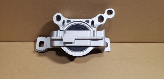 Подушка (опора) двигателя правая Ford Escape/Kuga (1.5/1.6) 2013-2019