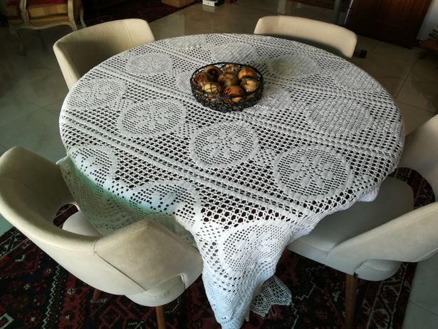 Toalha de mesa /outros fins bordado a mão com 216X177 cm rectangular