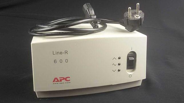 Стабилизатор напряжения APC Line-R 600