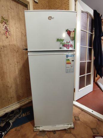 Продам холодильникSmart