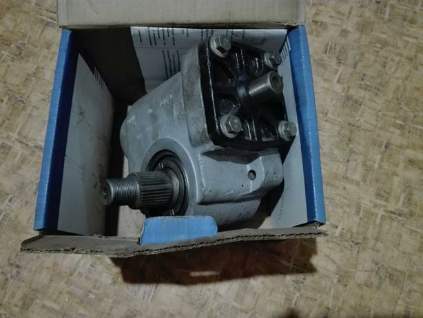 Продам редуктор рулевой