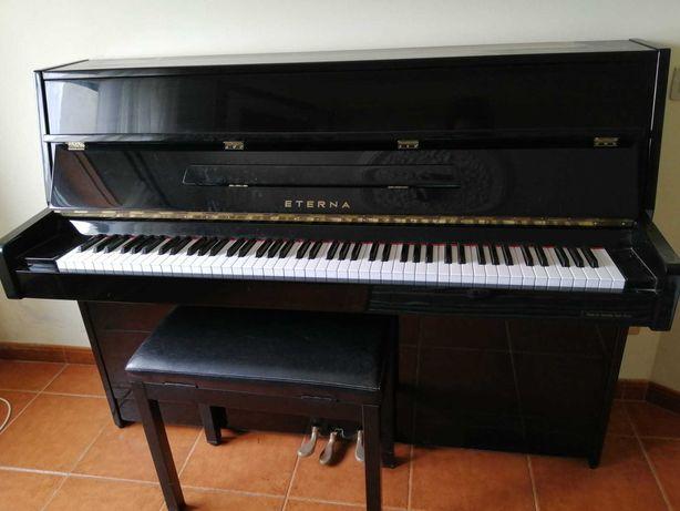 piano vertical Eterna - Yamaha