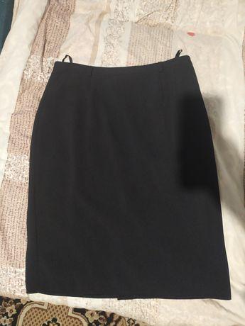 Черная классическая юбка новая