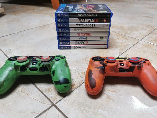 Sprzedam PlayStation 4 +2 pady + gry + stacja dokująca