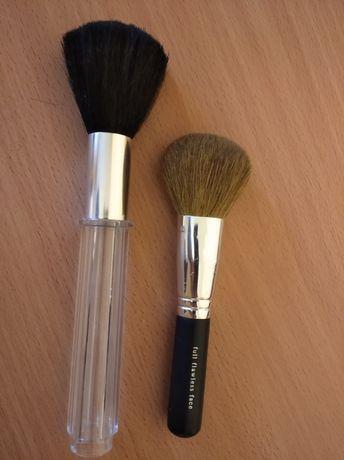Две кисточки для макияжа, мягкие,приятные для лица