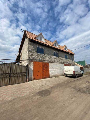 Продаж ділянки з недобудованим будинком